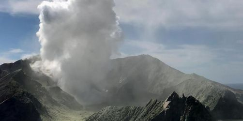 Opfer auf Vulkaninsel White Island sollen geborgen werden