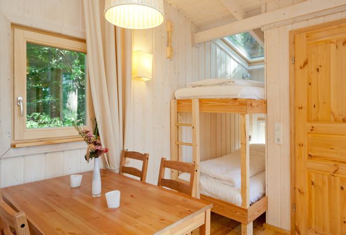 schlafen im baum eine unvergessliche nacht antenne bayern. Black Bedroom Furniture Sets. Home Design Ideas