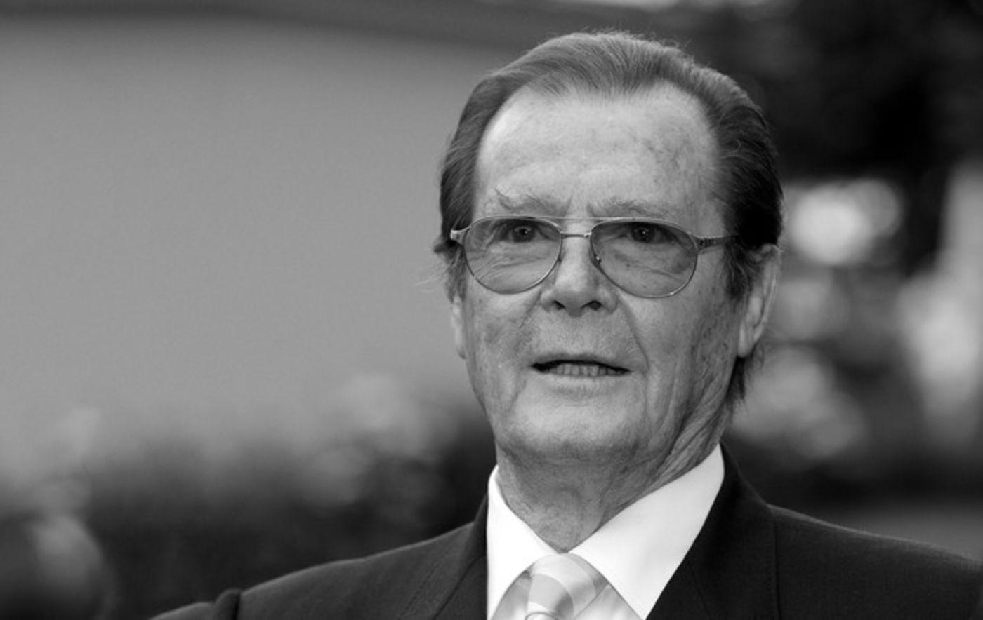 James Bond Kultfigur Roger Moore Im Alter Von 89 Jahren Gestorben