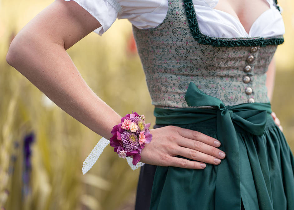 Diy Blumenarmband Blutenzauber Furs Handgelenk Antenne Bayern