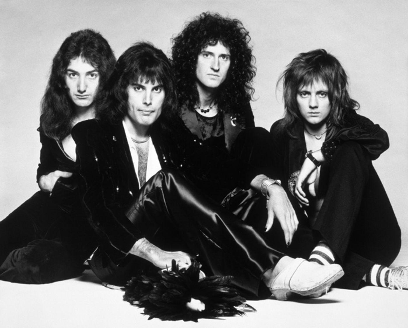 Bohemian Rhapsody Schauspieler Fürs Queen Biopic Stehen Fest