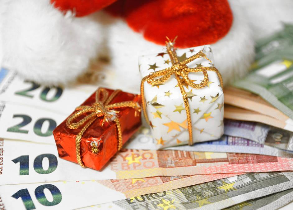 Weihnachtsgrüße Zeitungszusteller.Weihnachtstrinkgeld Für Postbote Und Andere Alltagshelfer Wie Viel