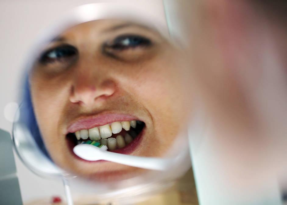 Elektrische Zahnbursten Im Test Diese Gunstigen Putzen Am Besten Antenne Bayern