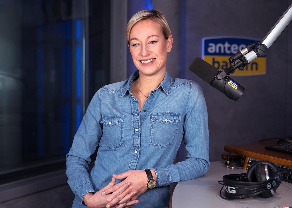 Karolina Hofmeister bei Antenne Bayern